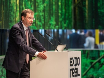 Top-class conference program at the EXPO REAL Hybrid Summit